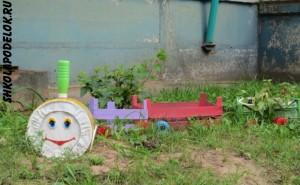 Поделка на участке детского сада