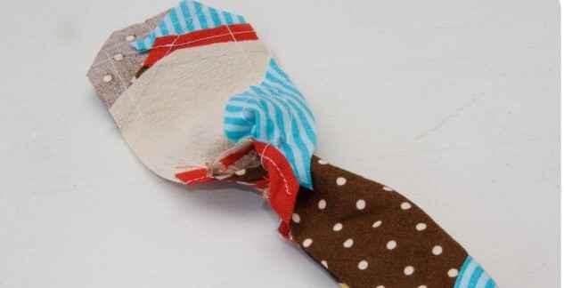 Мастер-класс по созданию магнитной закладки из ткани