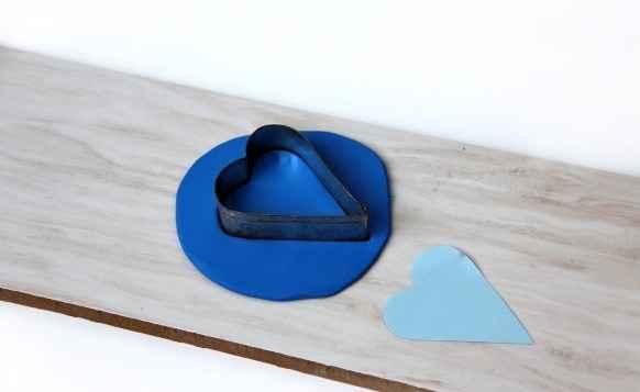 Мастер-класс по созданию магнитной игольницы из полимерной глины